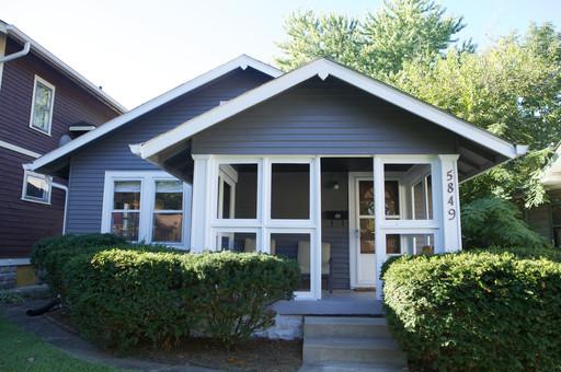 Exterior-House-Paint-Ideas-Bungalow-F46X