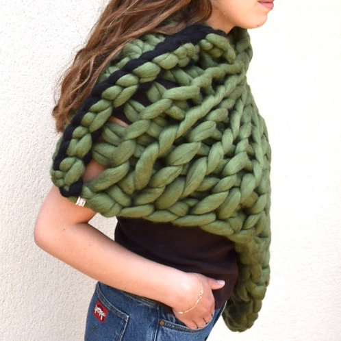 OLIVE GREEN LOOPY PONCHO