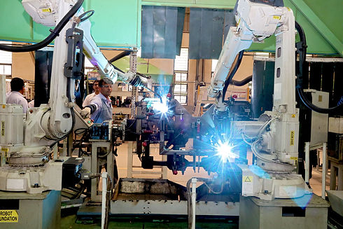 robotic welding at reliable for construction equipment components