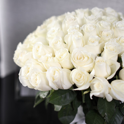 100 premium white roses bouquetlong stemmed rose bouquet premium long stemmed white roses arrangement with 100 white roses in modern wrapping decorated with ribbon mightylinksfo