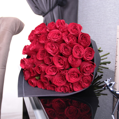 3 dozen red roses bouquet fashionable hand crafted rose bouquet wrapped in black paper includes 36 long stemmed premium red roses send a luxurious bouquet of the freshest premium mightylinksfo