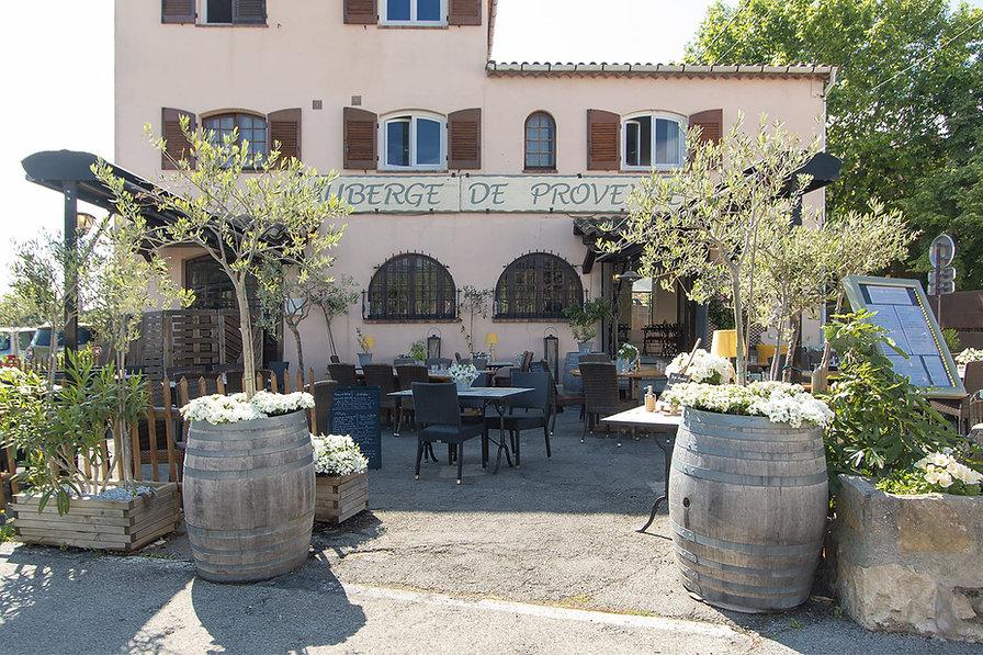 Auberge de Provence restaurant à Plascassier