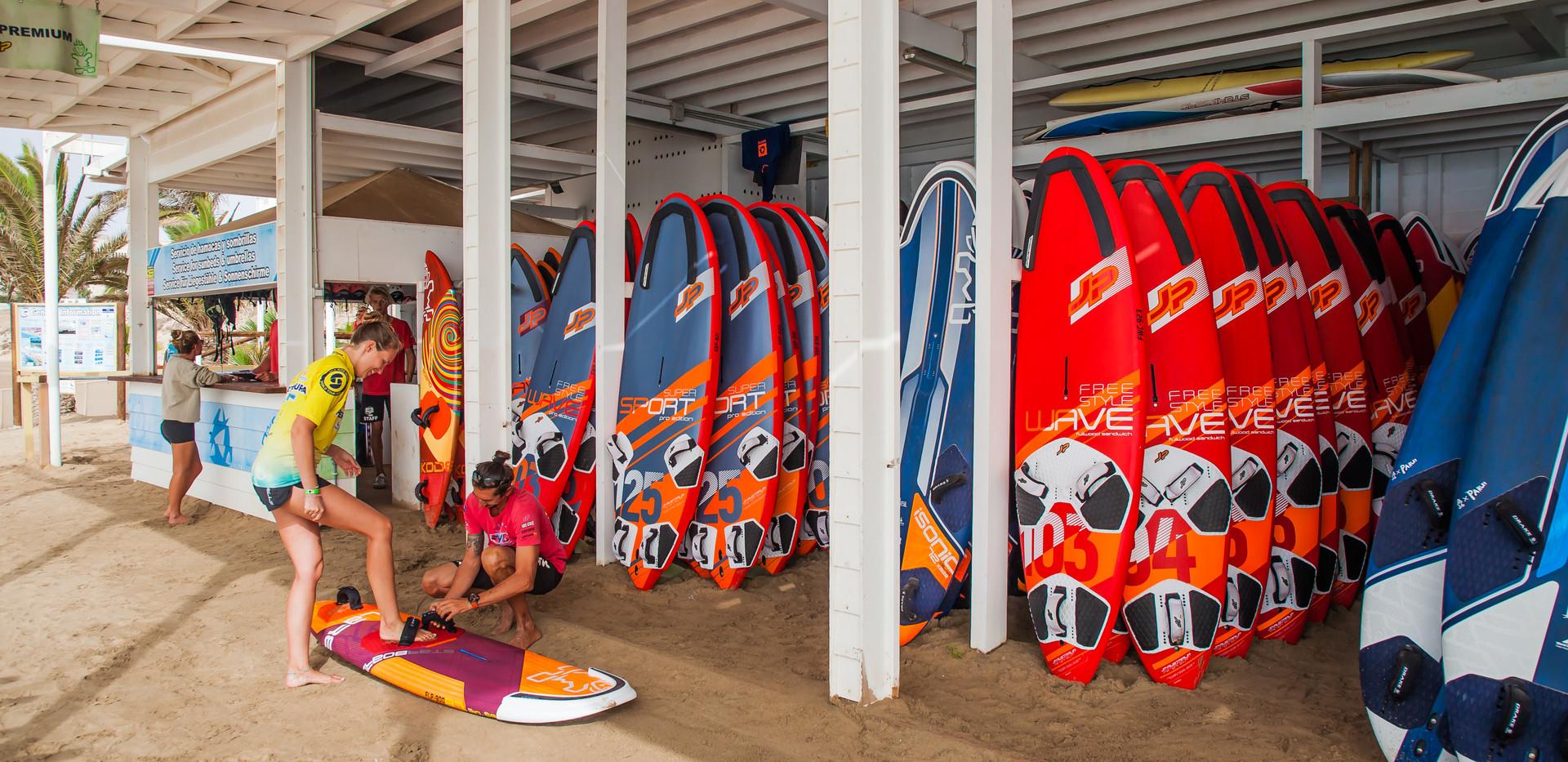 René_Egli_Windsurf-Center_Boards.jpg