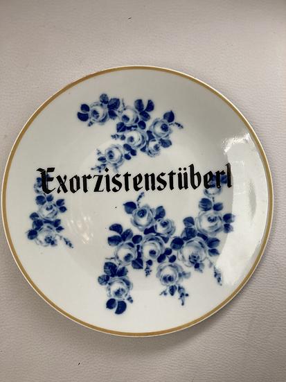Wallplate 'Exorzisten Stüberl' Size M