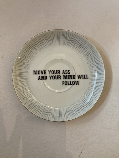 Wallplate 'move your ass'