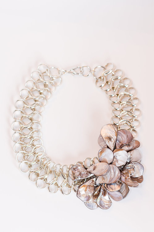 Strength I Mother of Pearl Cluster