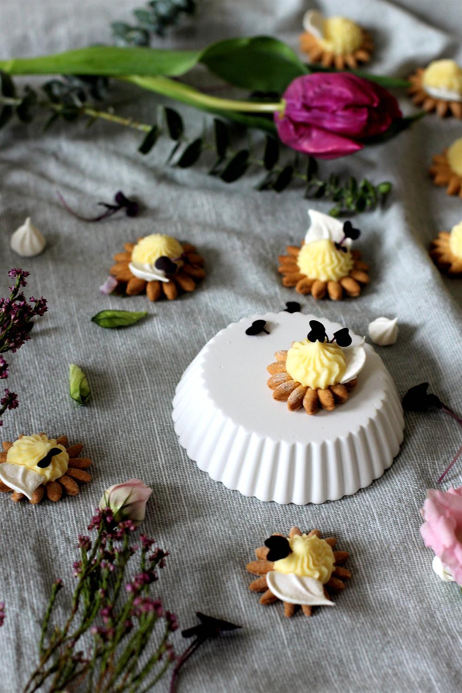 mini lemon tarts - tartes citron miniatures - sistersjunction