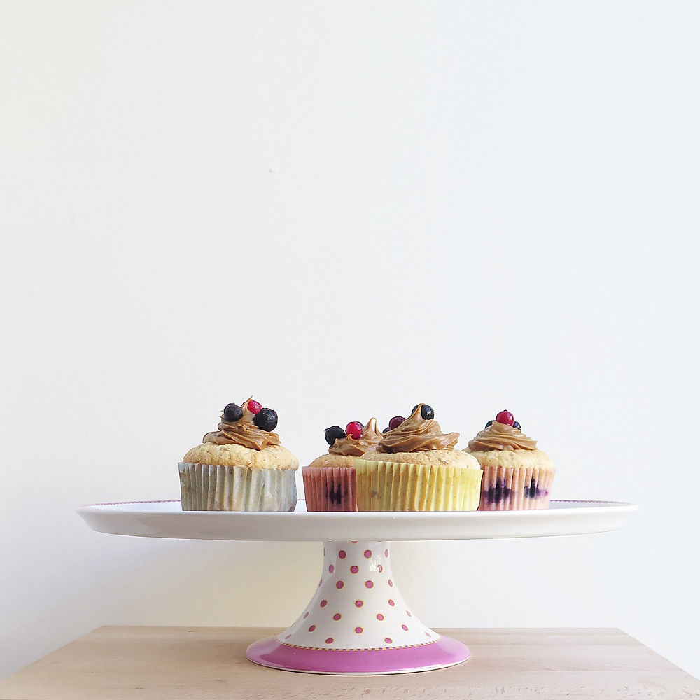 red fruits and almond cupcakes, speculoos spread topping sistersjunction