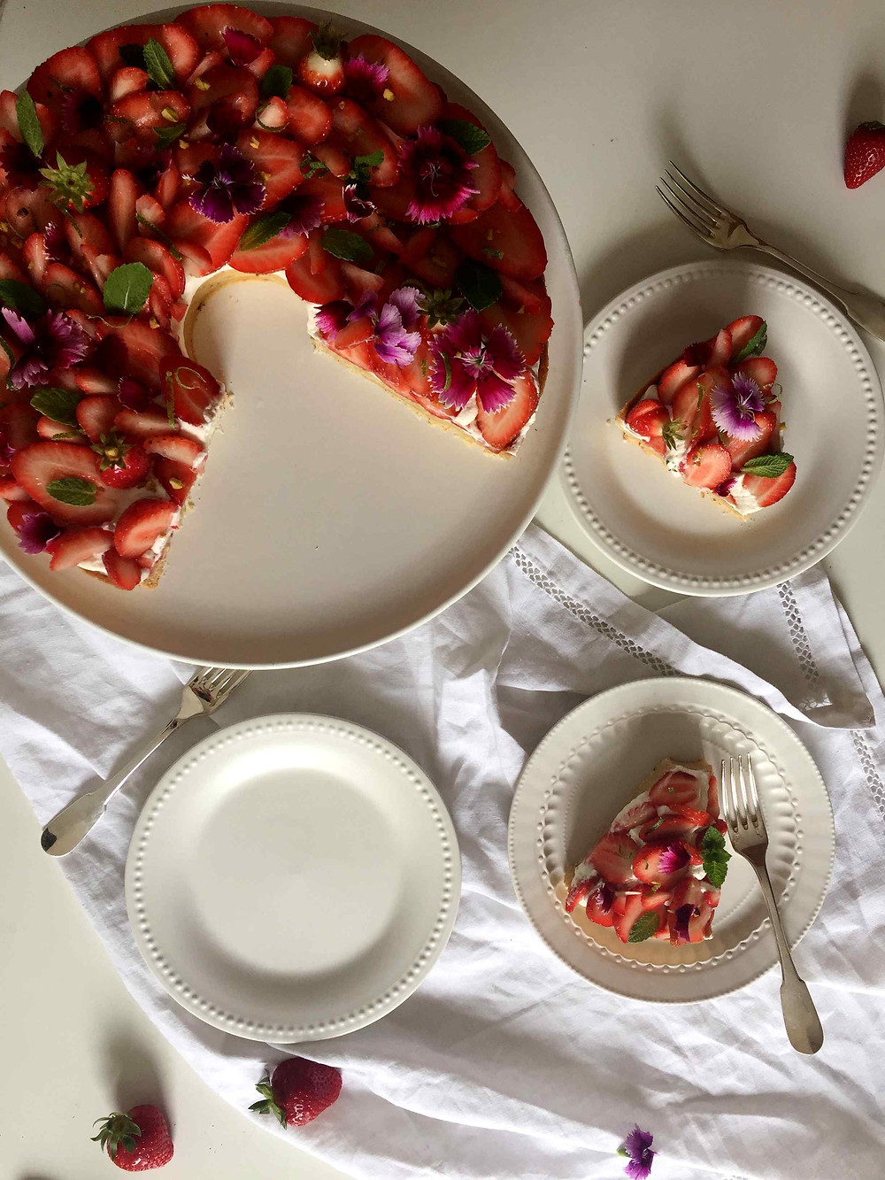 strawberry mint tart sistersjunction tarte fraise menthe
