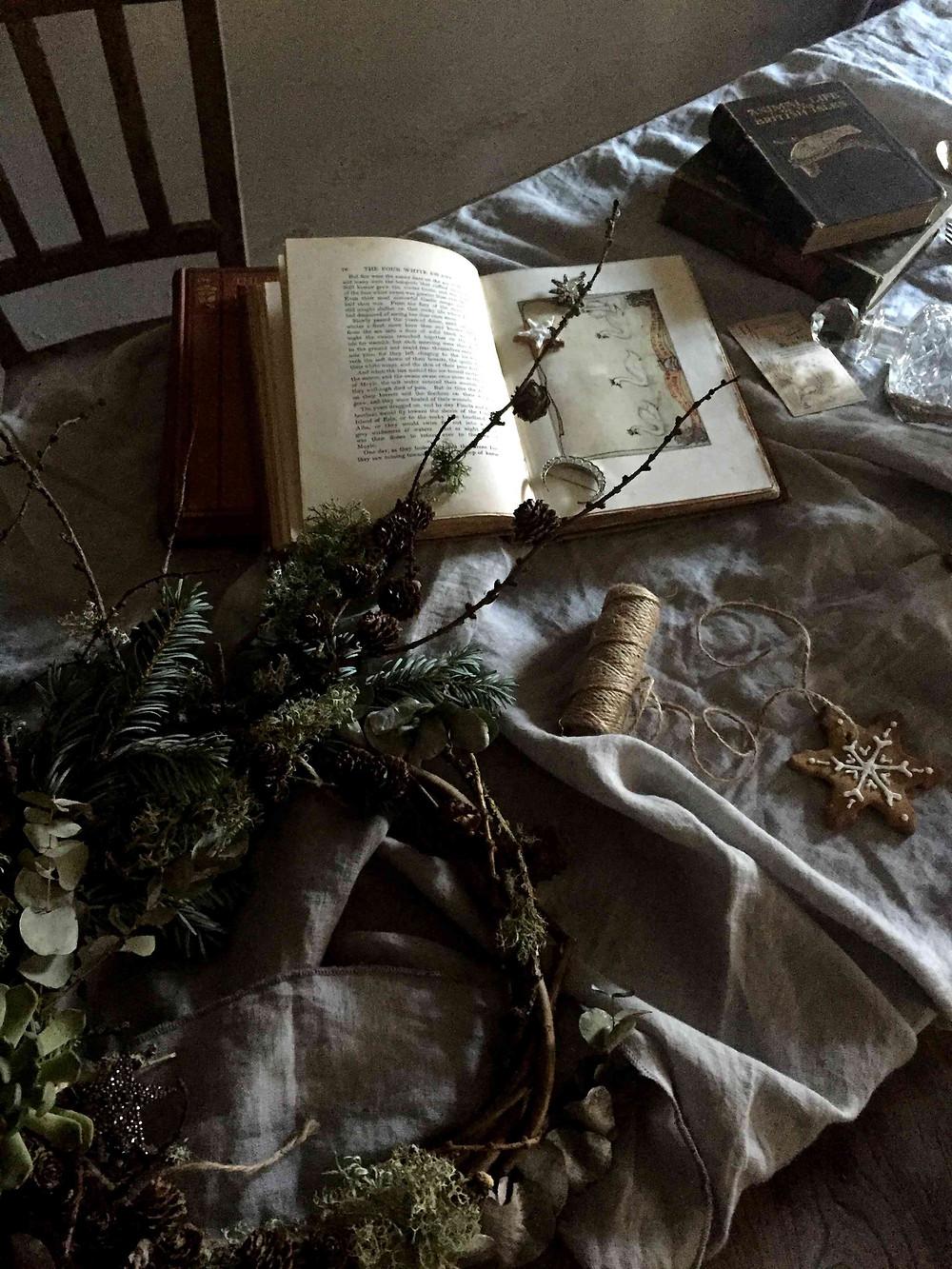 DIY christmas: ornated biscuit decorations (DIY de noël : décorations en biscuit) sistersjunction
