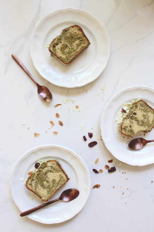 sistersjunction - matcha marbled cake (cake marbré au matcha)