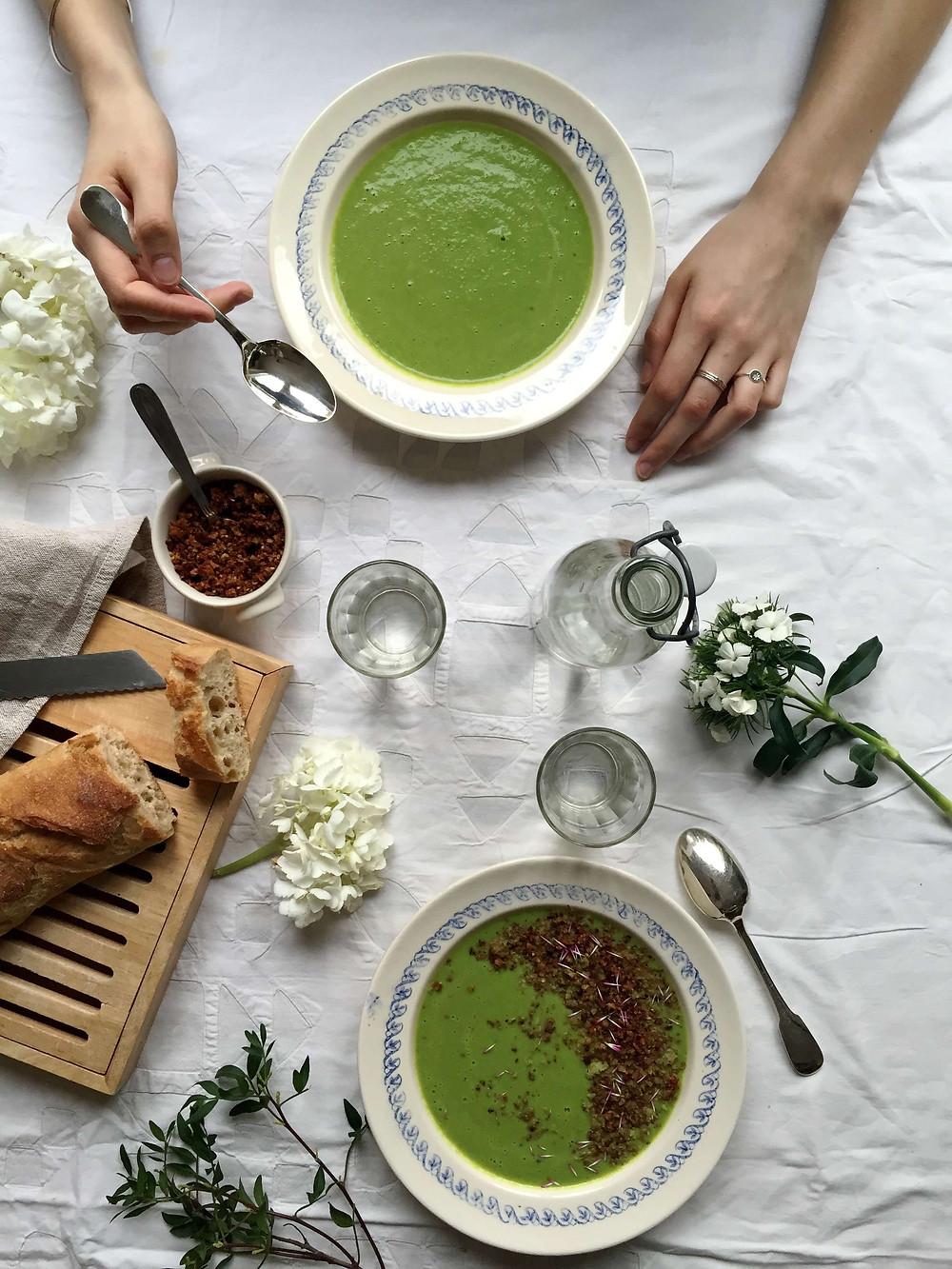 green pea and fennel soup - soupe aux petits pois et fenouil