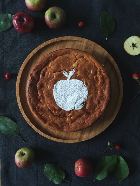 apple festival + caramelized pear and apple cake