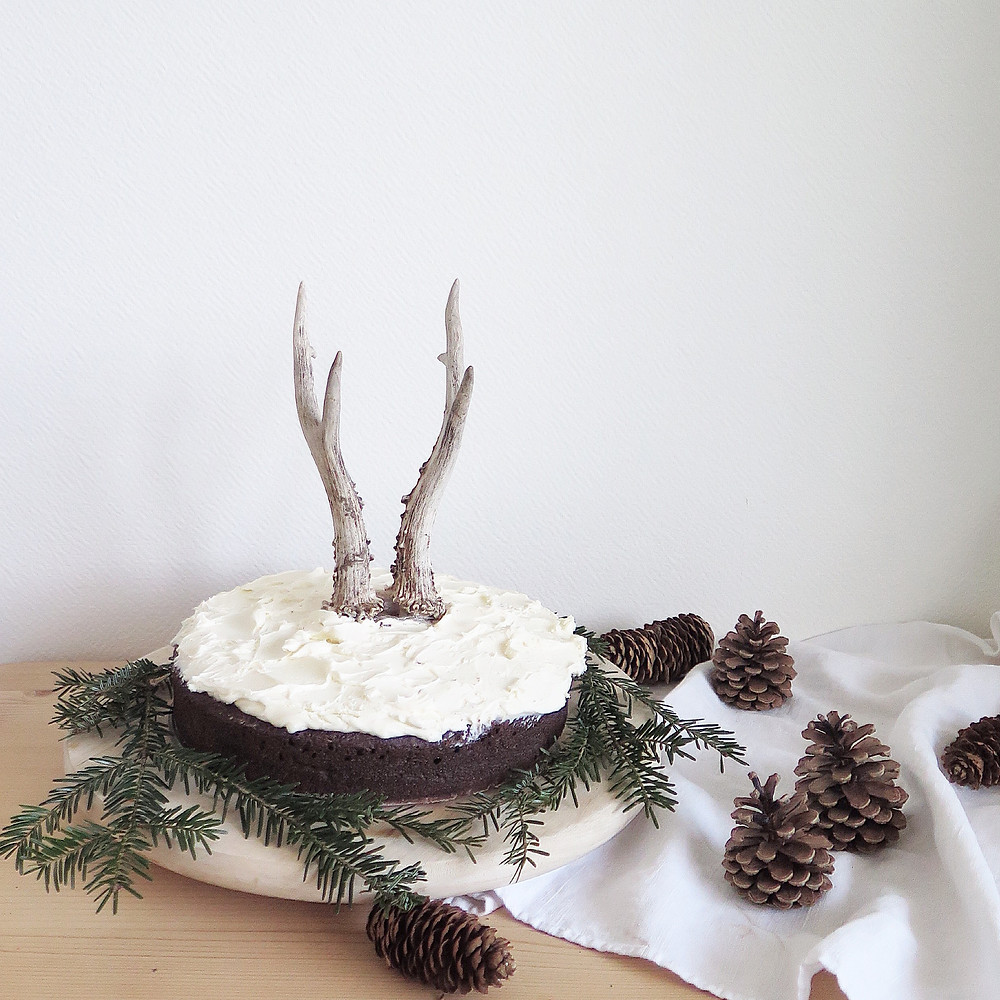 chocolate and guinness cake whisky topping sistersjunction