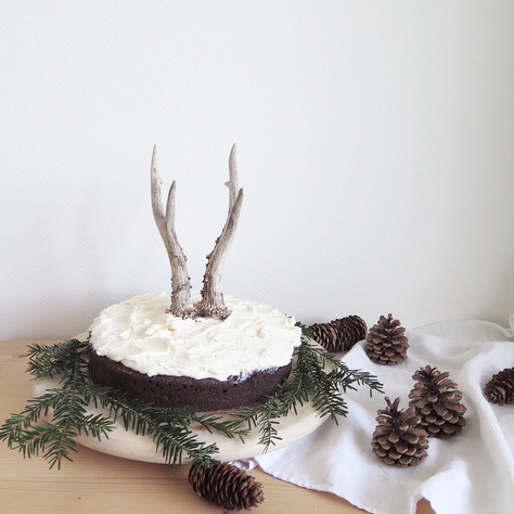 chocolate and guinness cake, whisky topping