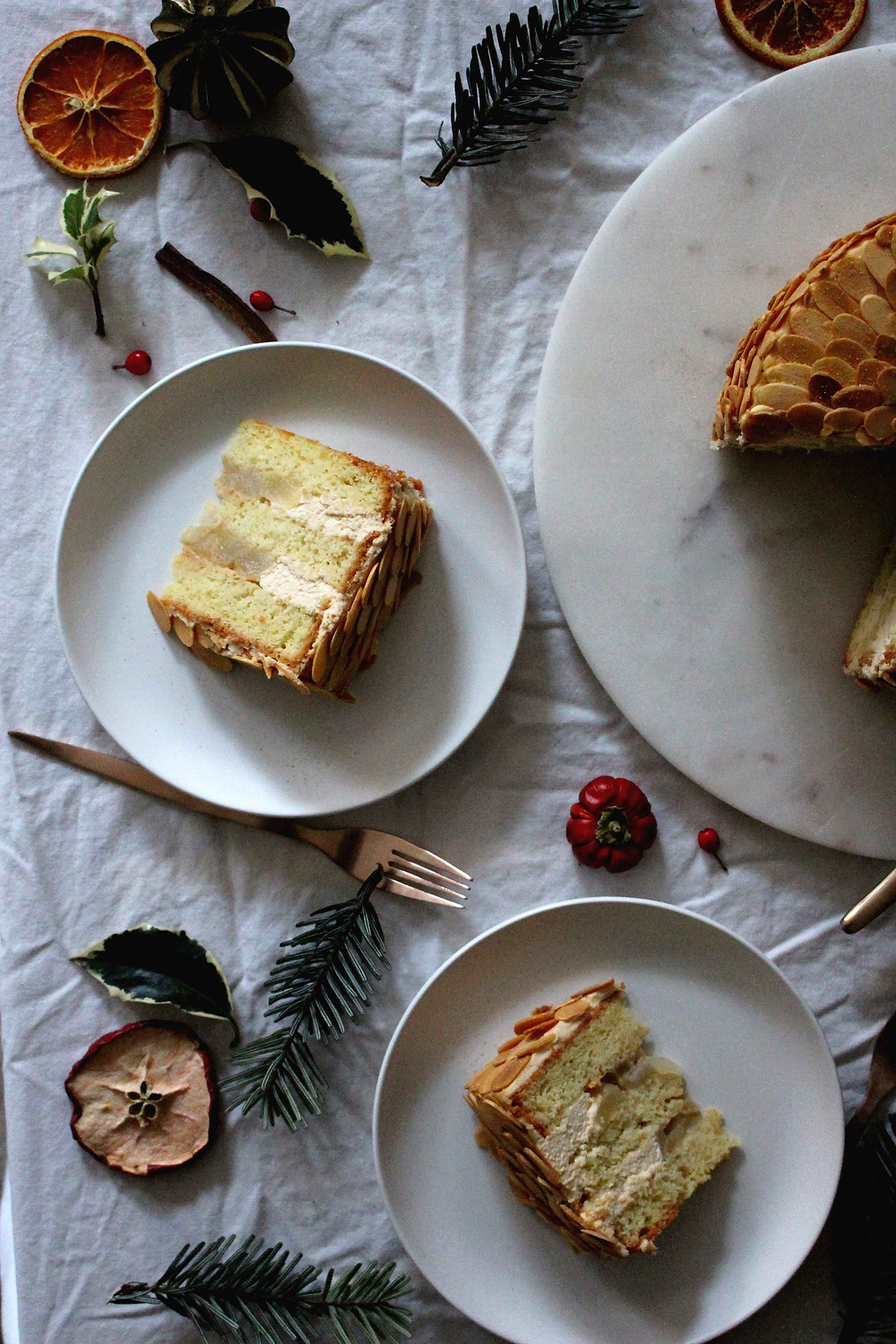 salted caramel and pear layer cake - sistersjunction