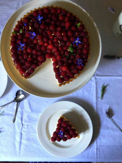 raspberry and basil tart + deans court's kitchen garden (tarte aux framboises et basilic + potag