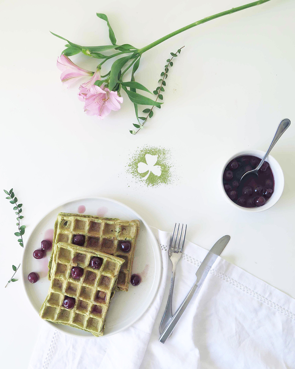 matcha waffles (gaufres au thé matcha)