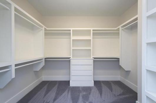 Clifton closet.jpg