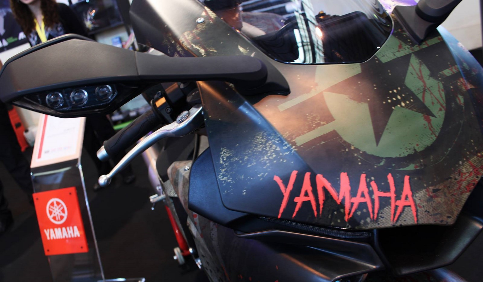 covering yamaha r1 (9).jpg