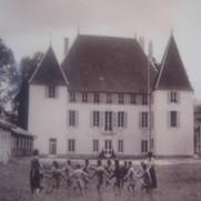 Une ronde dans le parc du château de Choye