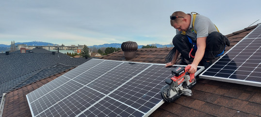 Solar Panels & Tesla Powerwall battery R