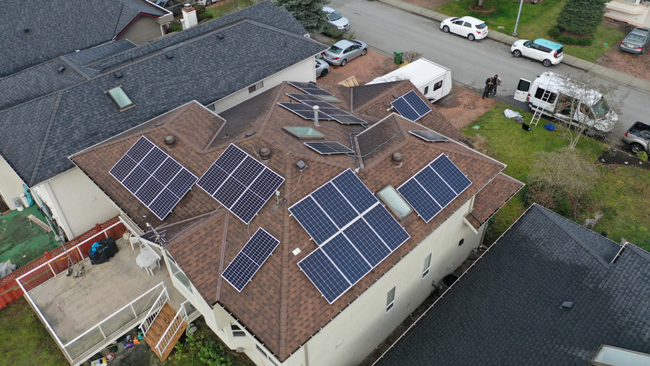 8.8KW Solar PV system & 2x Tesla Powerwa