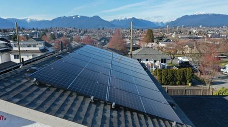 12.6 KW Solar Panel & 2x Tesla Powerwall