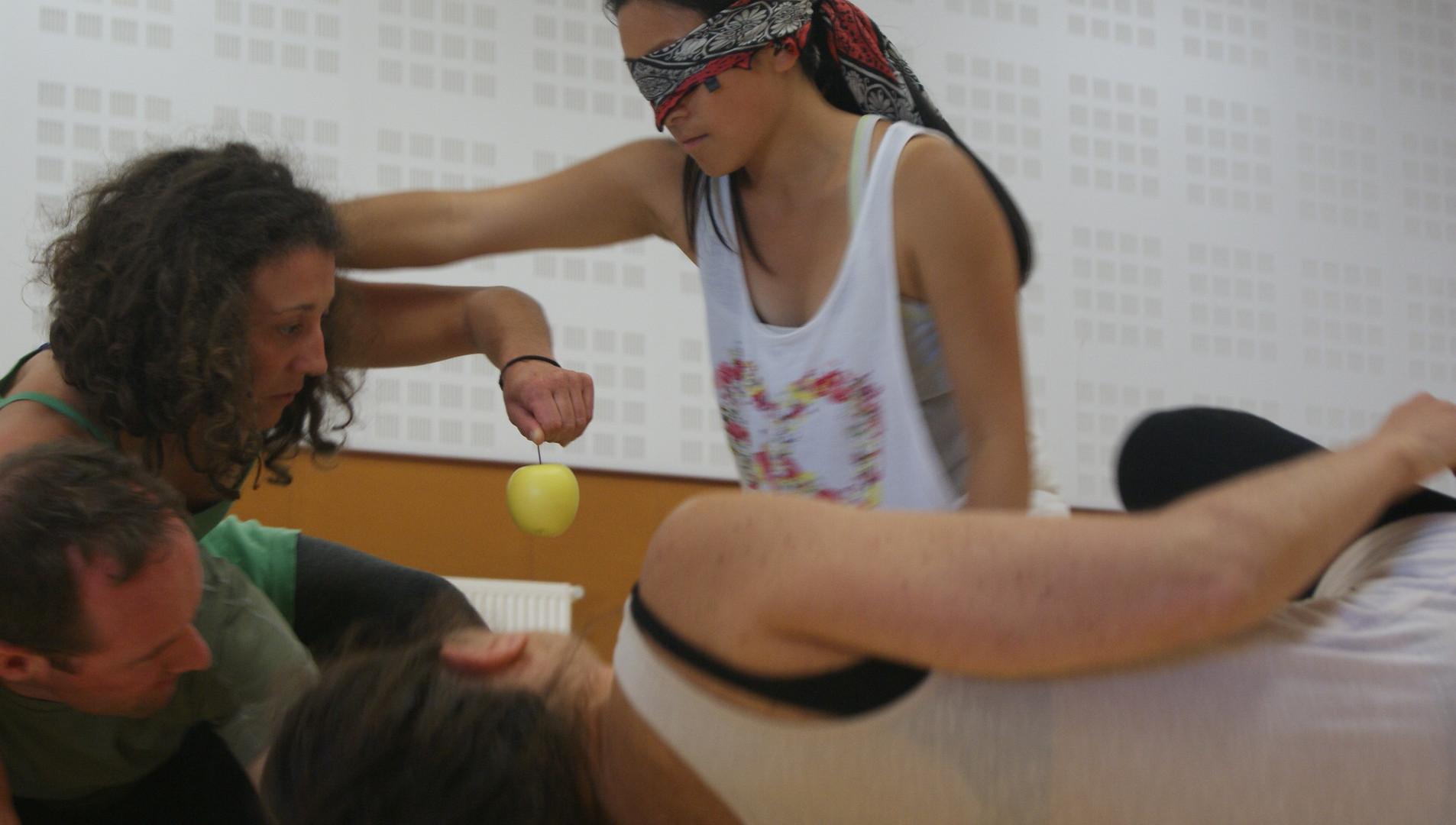 Lab 18h 2   LIV CHANG - peinture et danse