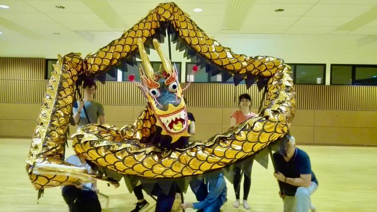 Danse de dragon 5 | LIV CHANG - peinture et danse