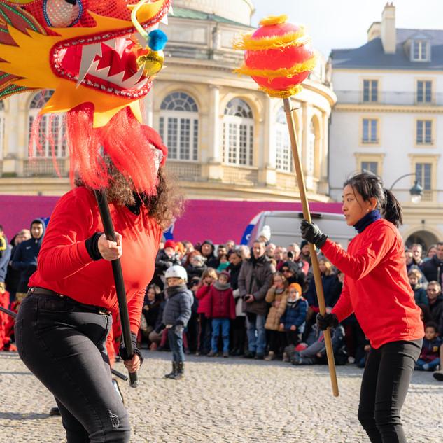 Danse de dragon   LIV CHANG - peinture et danse