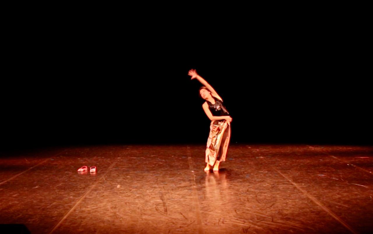 In & Out 4   LIV CHANG - peinture et danse