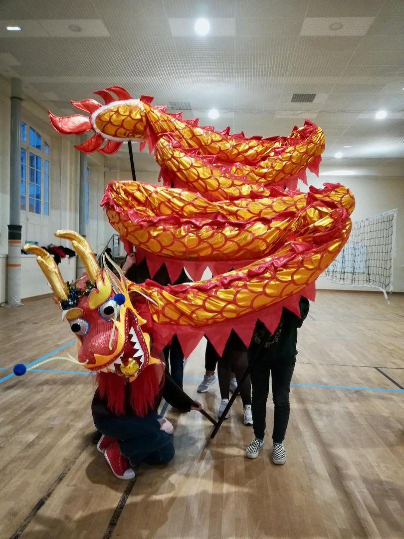 Danse de dragon 4   LIV CHANG - peinture et danse