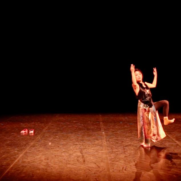 In & Out 2   LIV CHANG - peinture et danse