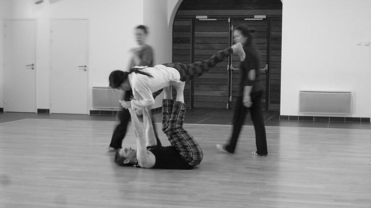 Lab 18h 8 | LIV CHANG - peinture et danse