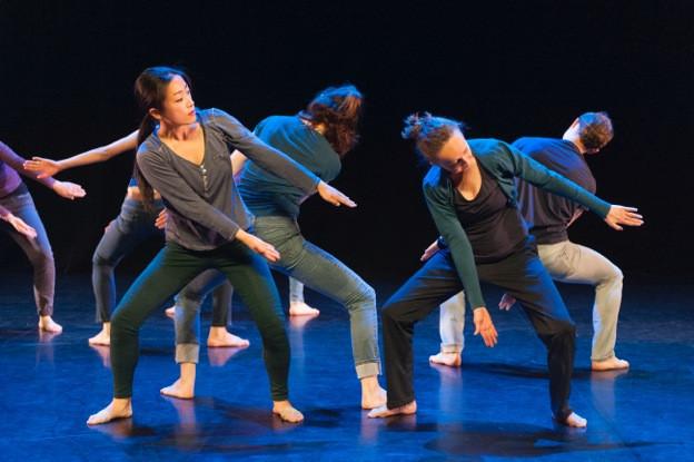 Le fil 2   LIV CHANG - peinture et danse