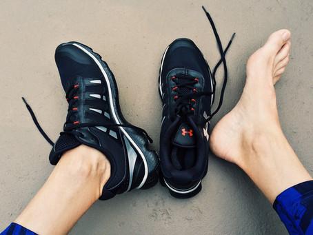 Bolhas nos pés: o que fazer