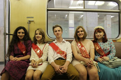Последний звонок 2014, в метро