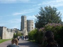 Лондон крепость 2 башни.jpg