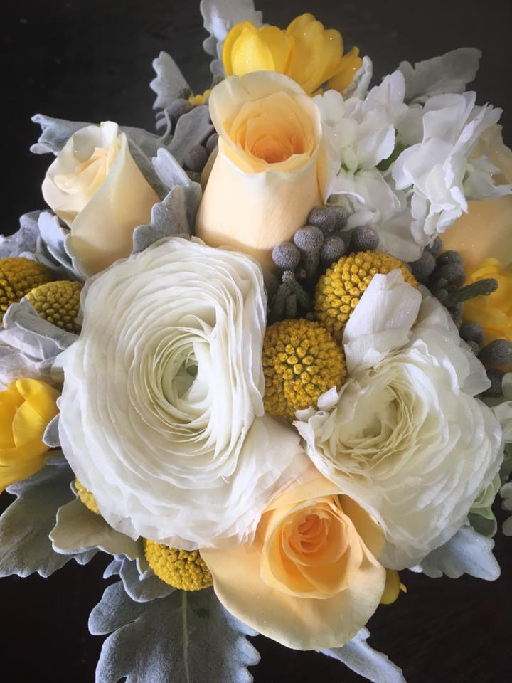 Soft Yellow & Gray Bouquet