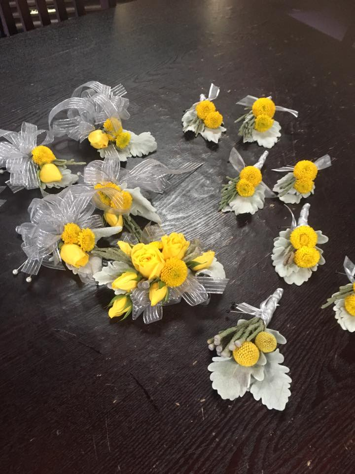 Yellow & Gray Boutonnieres/Corsages