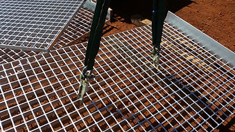 Gridhook, gridmesh lifter, mesh,walkway mesh,grid mesh,lifting devices,hooks,