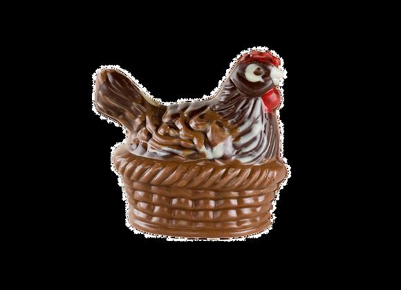 Šokoladinė vištelė krepšelyje