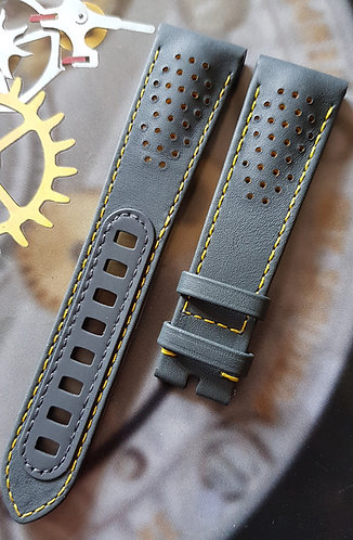 Omega Speedmaster PORSCHE CLUB OF AMERICA 21mm CUZ009928 GREY Alligator Strap