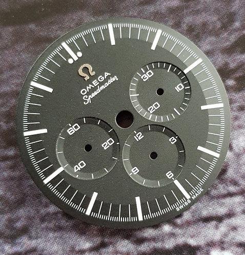 Omega Speedmaster Non Pro Raised Logo c.1861 Dial 145.0222