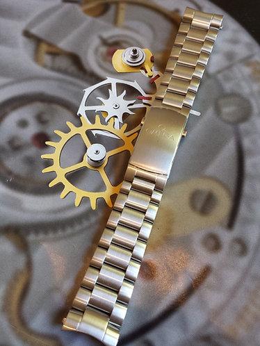 Omega Seamaster Planet Ocean 20mm 1589-858 Steel Bracelet