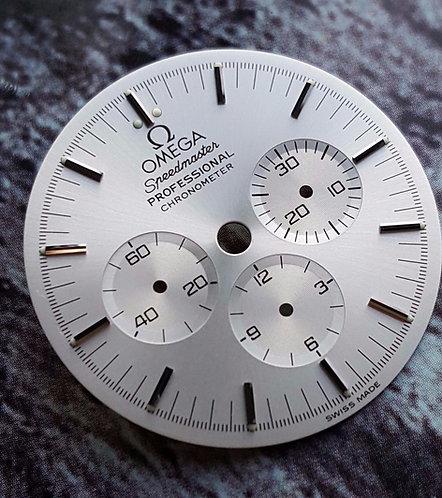 Omega Speedmaster 25th Anniversary W/G Apollo 11 Silver Dial 148.0062