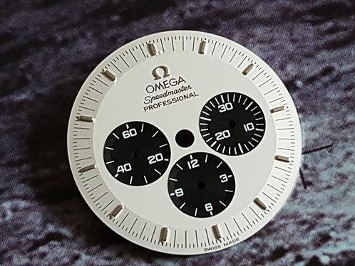 Omega Speedmaster Mitsukoshi Panda Dial 3570.31.00