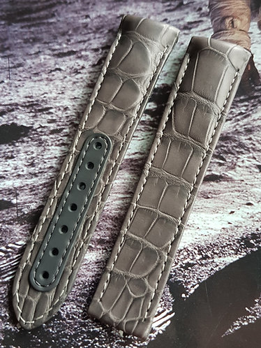 Omega Speedmaster Grey Side of the Moon 21mm CUZ004450 GREY Alligator