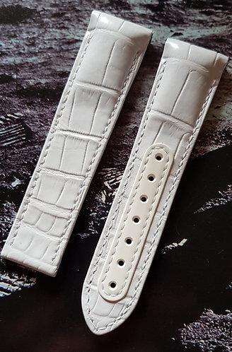 Omega Speedmaster White Side of the Moon 21mm CUZ004401 WHITE Alligator Strap
